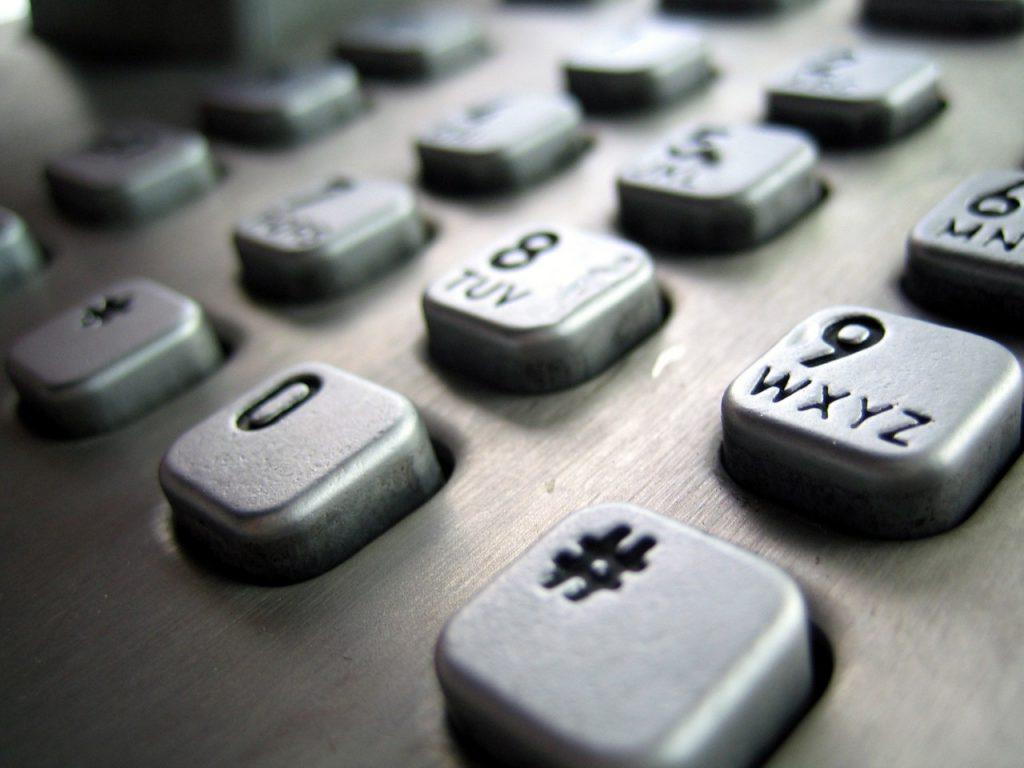 Telefon stacjonarny i jego znaczenie we współczesnym świecie